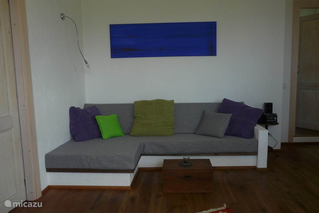 2,50m x 1,00 m: XXL-Couch.
