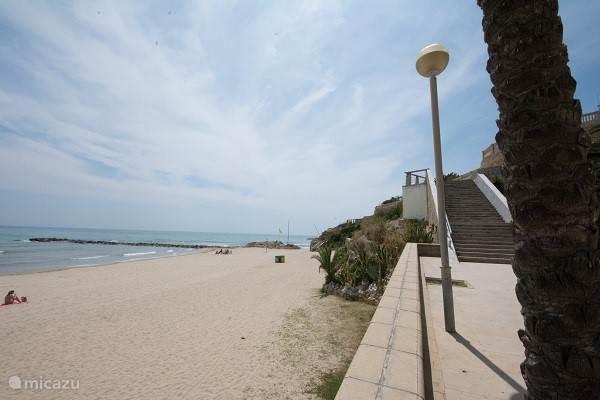 De stranden van Vilanova i la Geltru zijn ruim en schoon