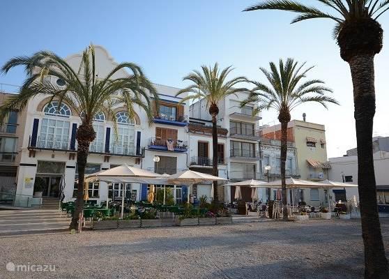 Vilanova i la Geltru is de oudste bestaande vissers plaats aan de Costa del Garraff, Daarom zijn er veel goede typische Spaanse vis restaurants.