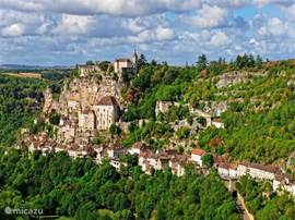 One of the biggest top tourist attractions in France: Rocamadour. Absolutely worth to go and see with your family!
