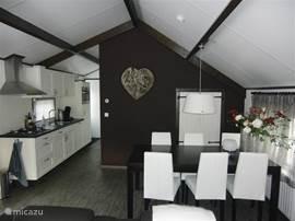eethoek en open keuken