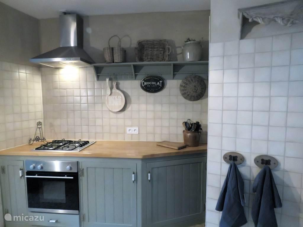 De keuken met eetkamer