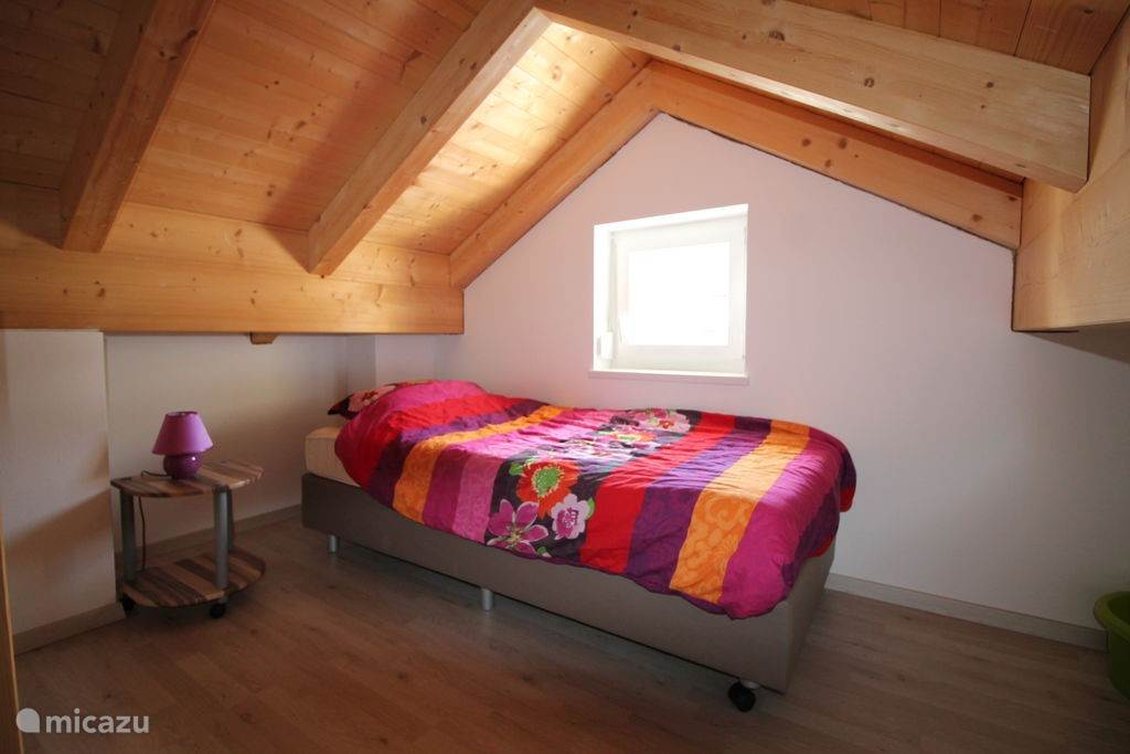 Bedroom 4 (twin beds 1p in the attic)