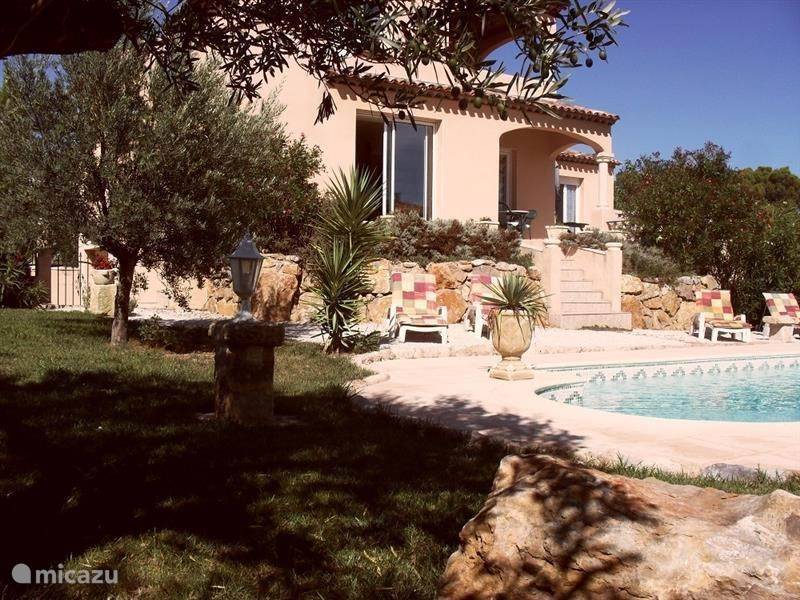 Vacation rental France, Languedoc-Roussillon, Beziers villa Villa du Golf Saint Thomas