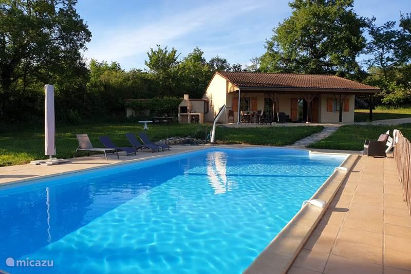 Vakantiehuis Frankrijk, Dordogne, Saint-Aubin-de-Nabirat Vakantiehuis Abbeie