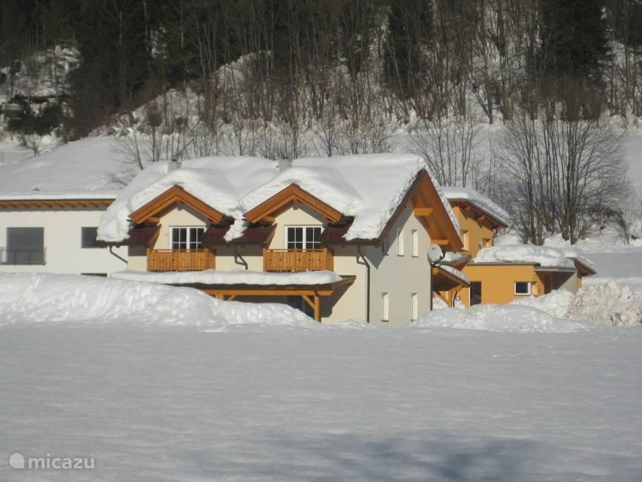 Vakantiewoning Kötschach 612 ook in de winterse sferen is het een plaatje.