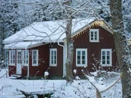 Ook in de winter is het goed vertoeven in onze stuga.