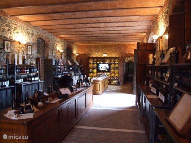 wijnhuis Cantina Lunae in Castelnuevo Marga