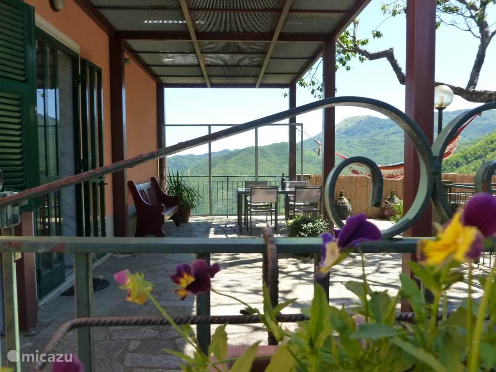 Vakantiehuis Italië, Ligurië, Santa Maria di Maissana appartement UltimaCasa-app.Francesca