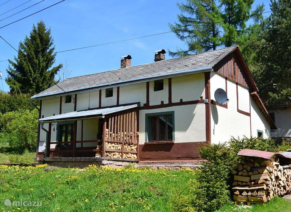 Vacation rental Czech Republic, Giant Mountains, Bernartice Holiday house You Licna