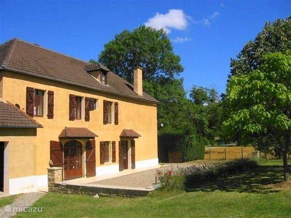 Vacation rental France, Lot, Gourdon holiday house Concorres
