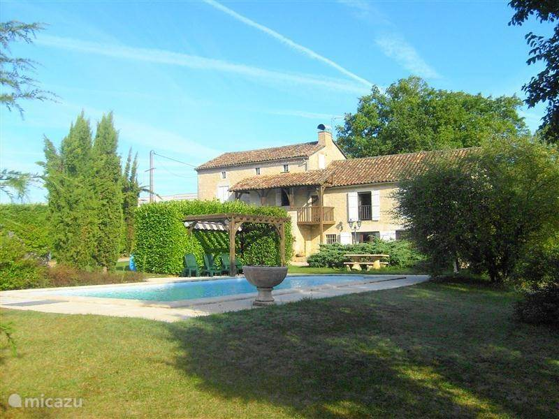 Vacation rental France, Midi-Pyrenees, Gramat Holiday house Gramat