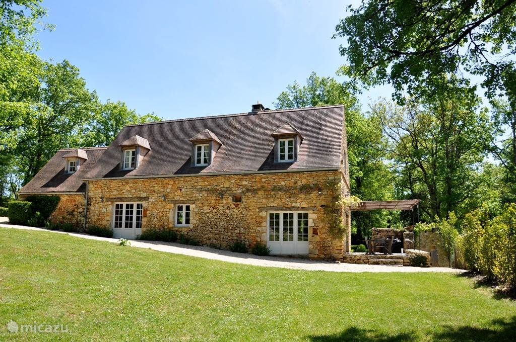 Vacation rental France, Dordogne, Terrasson - Cublac villa Hamelina