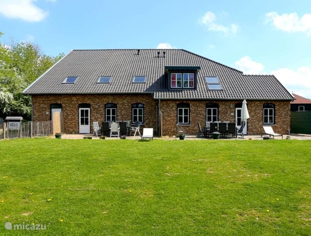 2 luxe ruime vakantiewoningen met vrij uitzicht over het Heuvelland in Zuid-Limburg