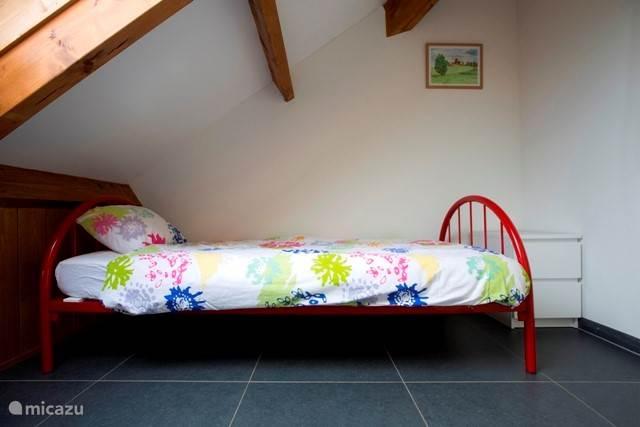 Slaapkamer 2e etage. andere bed.