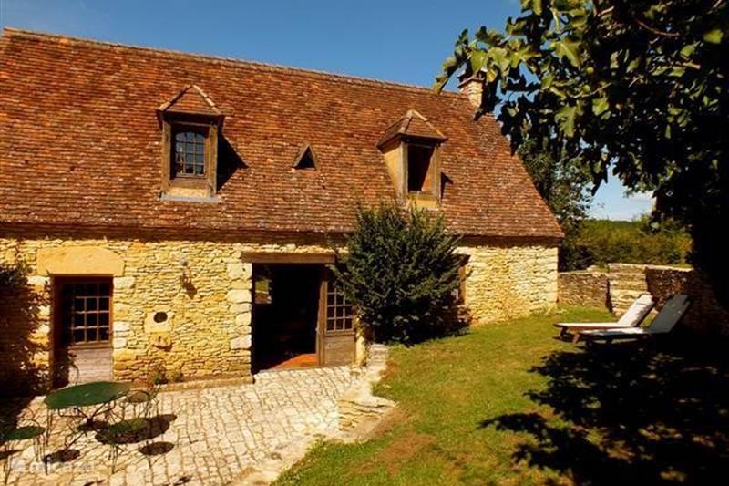 Vacation rental France, Dordogne, Saint-Amand-de-Coly Holiday house Oleandre