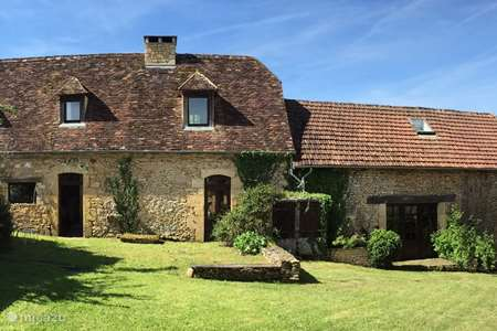 Vacation rental France, Dordogne, Saint-Amand-de-Coly holiday house La Lauzière