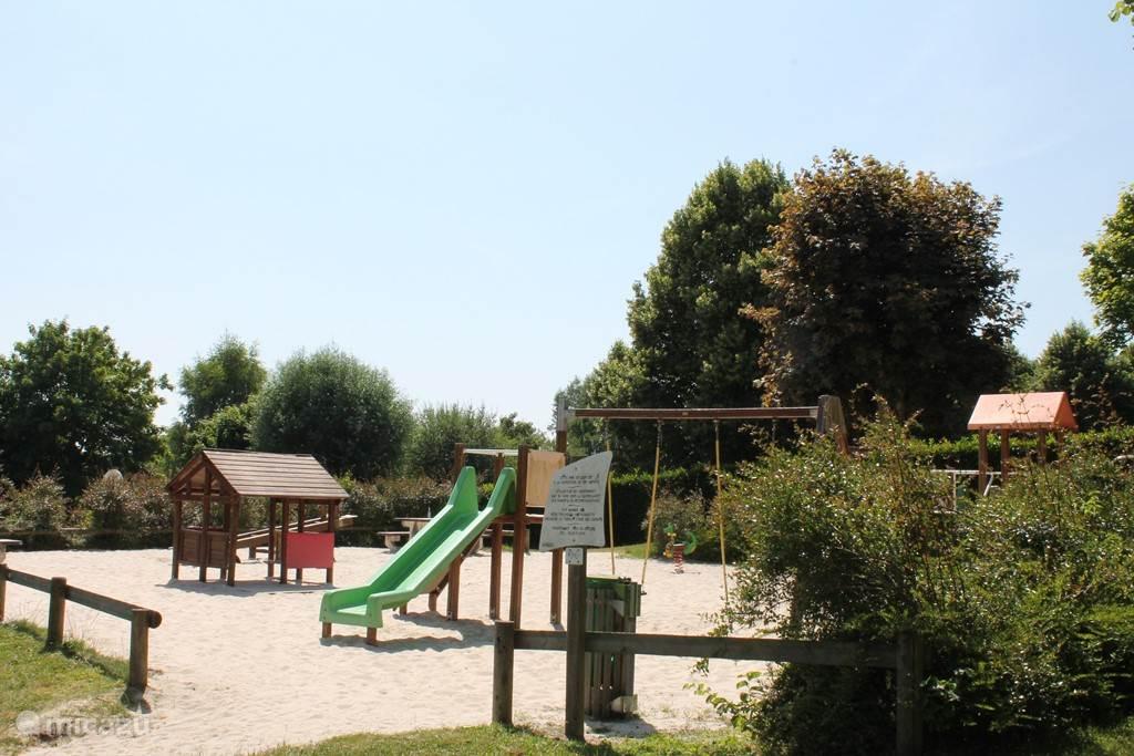 Gemeentelijk zwembad - Kinderspeelplaats