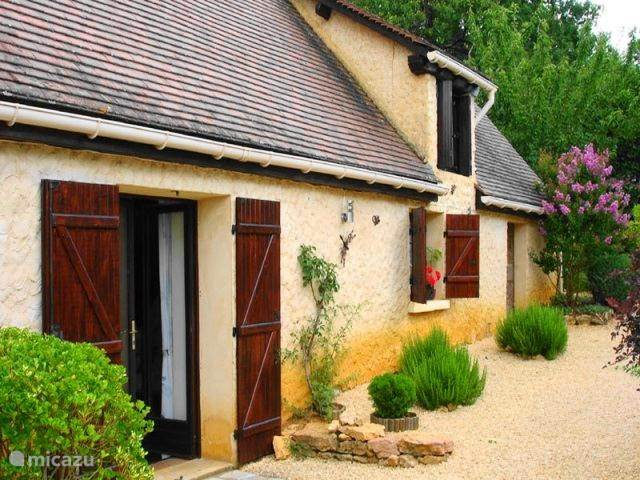 Vacation rental France, Dordogne, Gourdon - holiday house Perade