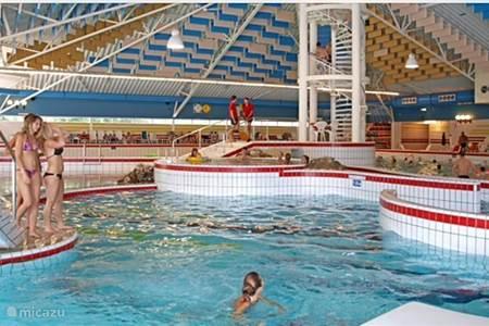 Vakantiehuis in de koog texel nederland huren - Ontwikkeling rond het zwembad ...