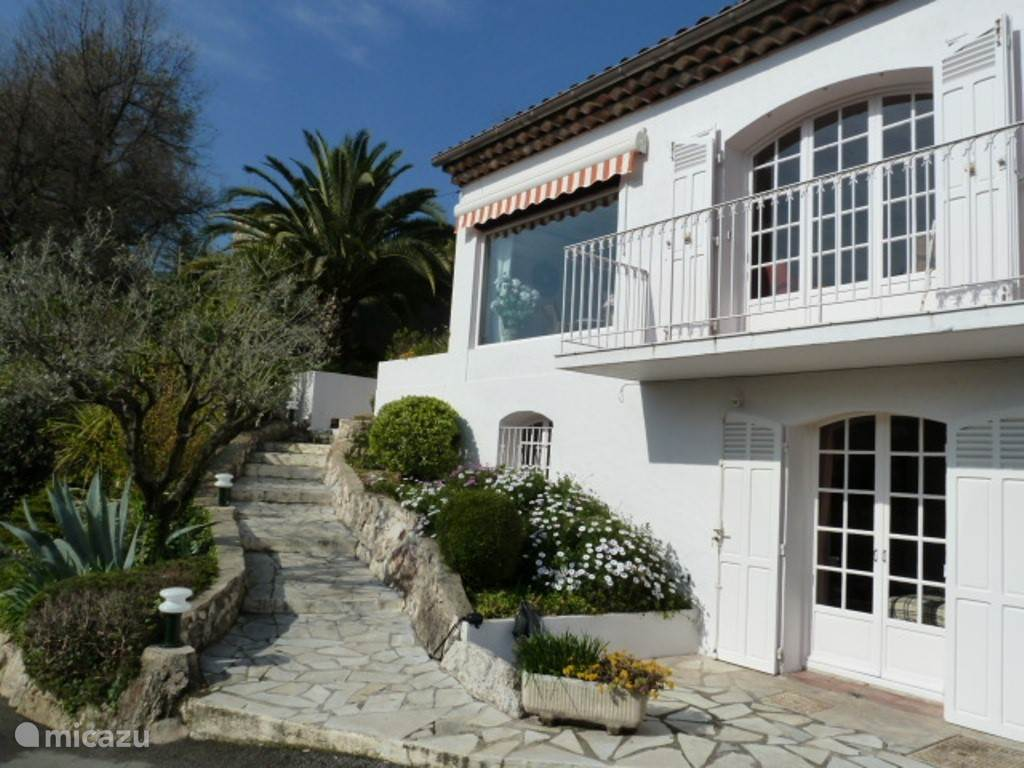 Vacation rental France, French Riviera, Saint-Paul-de-Vence holiday house Raymonde