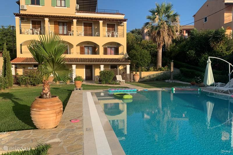 Vakantiehuis Griekenland, Corfu, Acharavi Vakantiehuis Villa Eleni Acharavi - Corfu