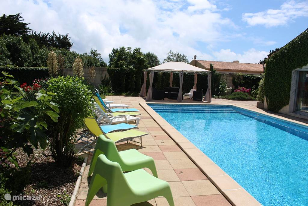 Poolside terrace