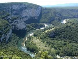 De Ardèche met de rivier de Ardèche