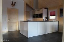 Open keuken, voorzien van alle gemakken