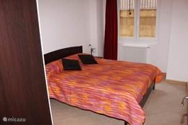 ruime 2-persoons slaapkamer