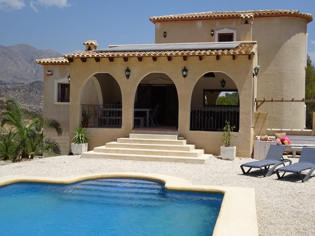 Beschikb:20 aug tm 9 sept. Prachtige villa in Spanje (Costa Blanca)! Privacy, Ruimte en Rust! Boek nu en betaal geen schoonmaakkosten (t.w.v. € 150,-)