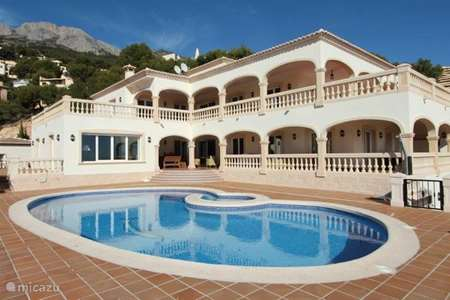 Vacation rental Spain – villa Casa Julia