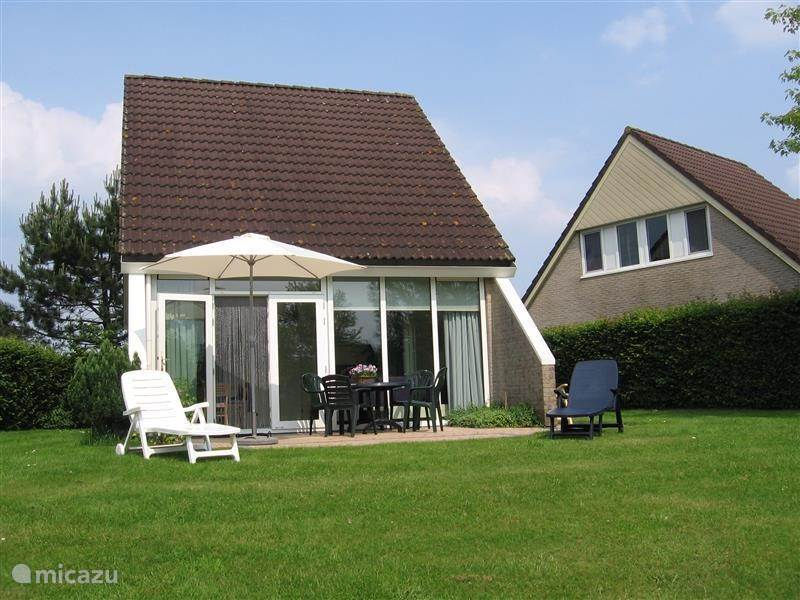 Holiday parks, Netherlands, Groningen, Vlagtwedde, bungalow The Fens 213