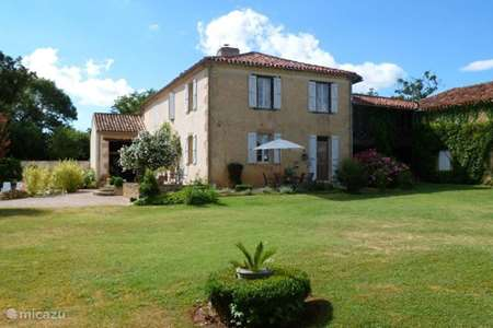 Vacation rental France, Gers, Moncorneil-Grazan holiday house Lasserre in the sunny Gers to 5 pers