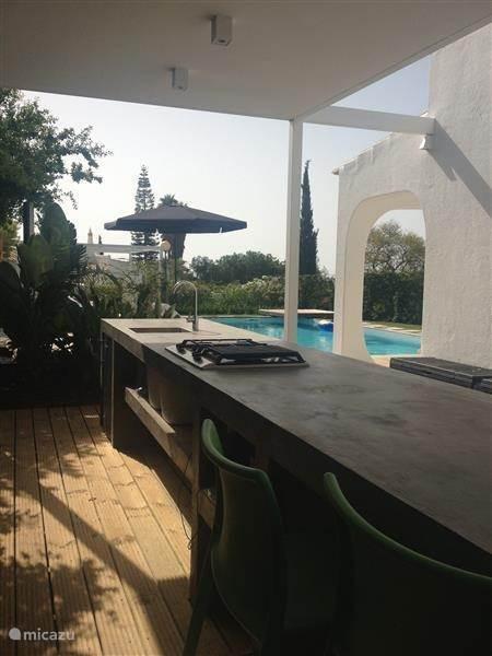 vacation rental portugal algarve carvoeiro holiday house casa veromar