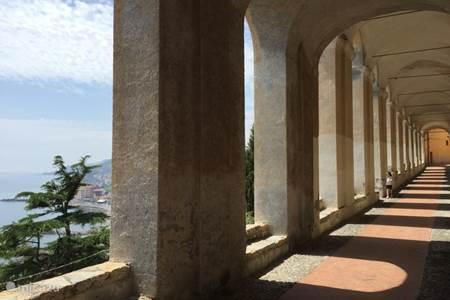 Sightseeing in Porto Maurizio
