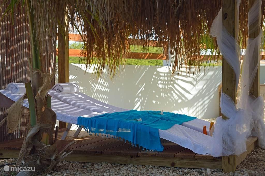 Relaxen prive in uw eigen tropische tuin