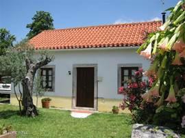 Vooraanzicht van het typisch portugese huis.