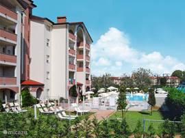 Recentelijk gebouwde residence op loopafstand van het strand in het gezellige plaatsje Lido degli Estensi.