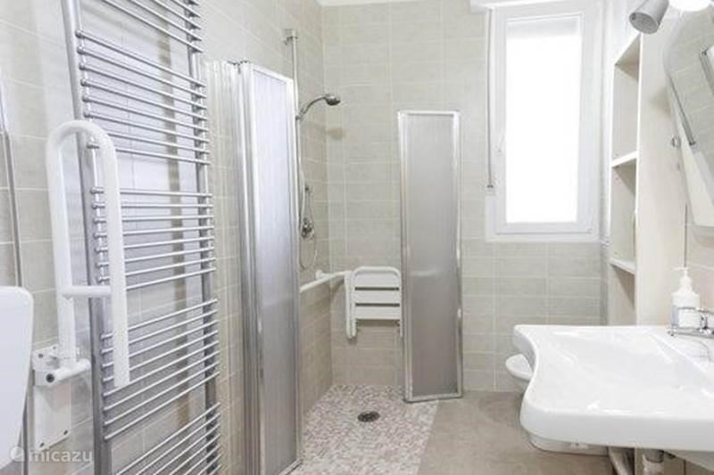 Vakantiehuis Italië, Emilia-Romagna, Lido degli Estensi Vakantiehuis Appartement voor mindervaliden