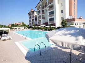 Appartement in Residence op loopafstand van het strand, voorzien van zwembad, parkeerplaats, fitness, gratis wi-fi en speeltuin voor de kleintjes.