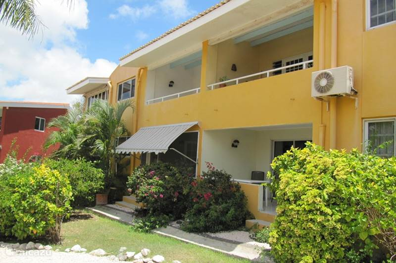 Vacation rental Curaçao, Curacao-Middle, Koraal Partier Apartment Ankateam App A190