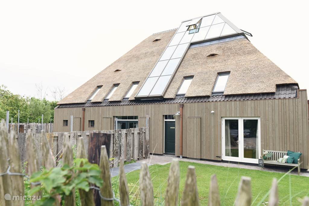 Vacation rental Netherlands, North Holland, Callantsoog holiday house Group accommodation Landzicht