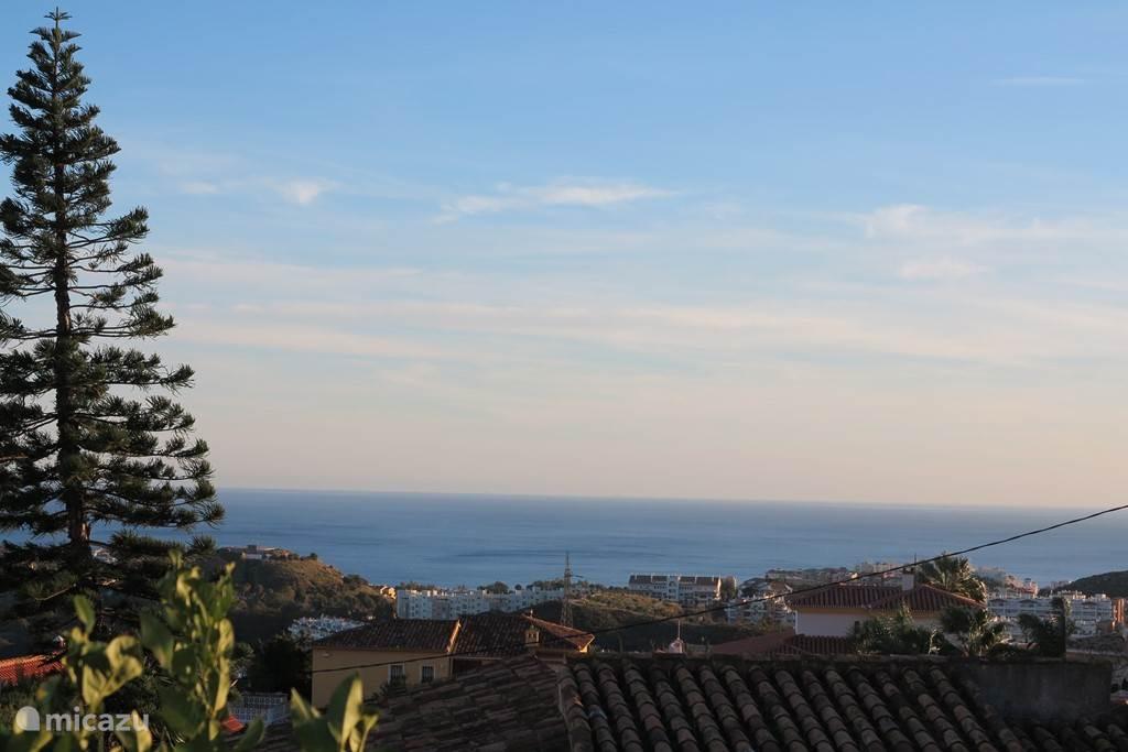 Of gewoon van het uitzicht genieten zowel richting de Middellandse zee.....