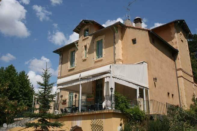 Vacation rental France, Provence, Montbrun-Les-Bains studio Villa les Gipières apartment 2-4 pers.