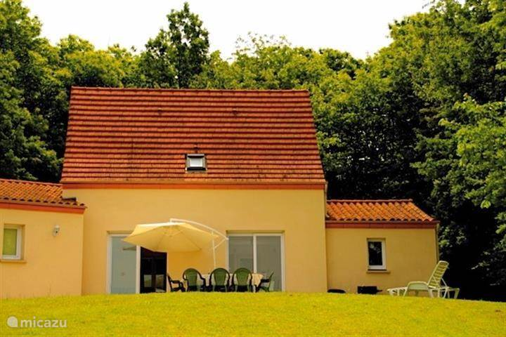 Vacation rental France, Dordogne, Rouffignac holiday house House with a view