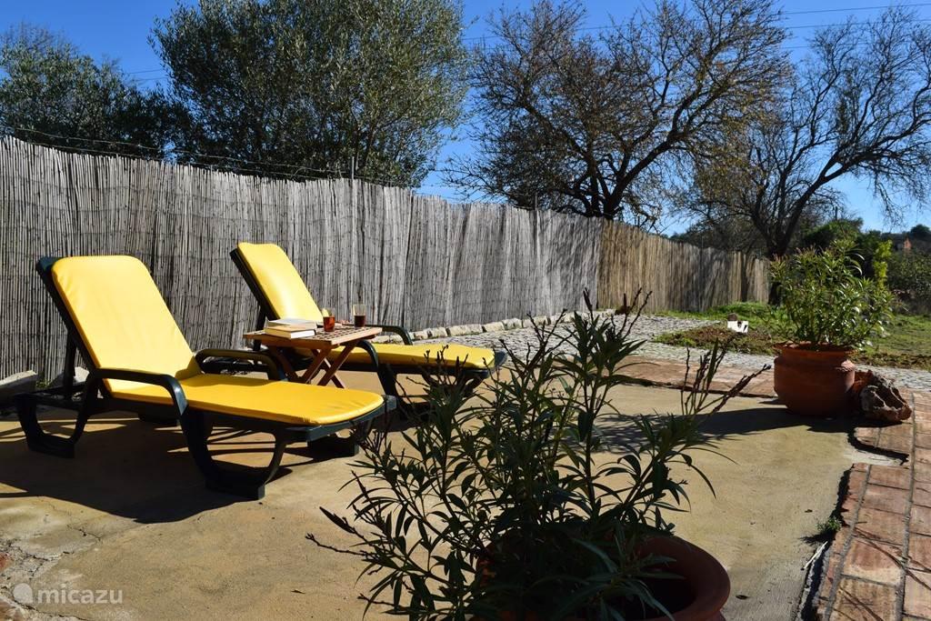 Nog een terras om het hele jaar volop te genieten van de mogelijkheden om te zonnen