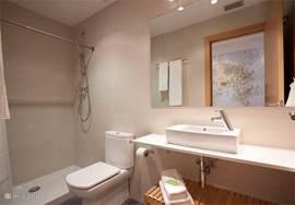 aparte badkamer