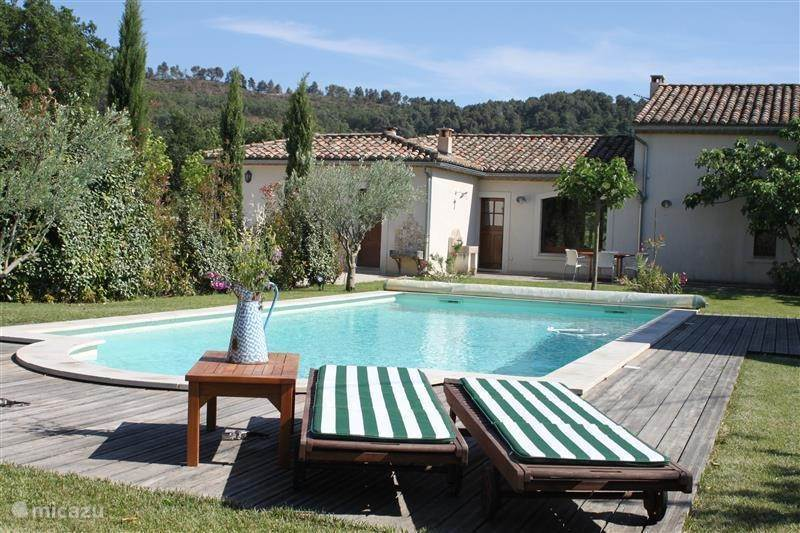 Vacation rental France, Provence, Pernes-les-Fontaines villa La Fontaine
