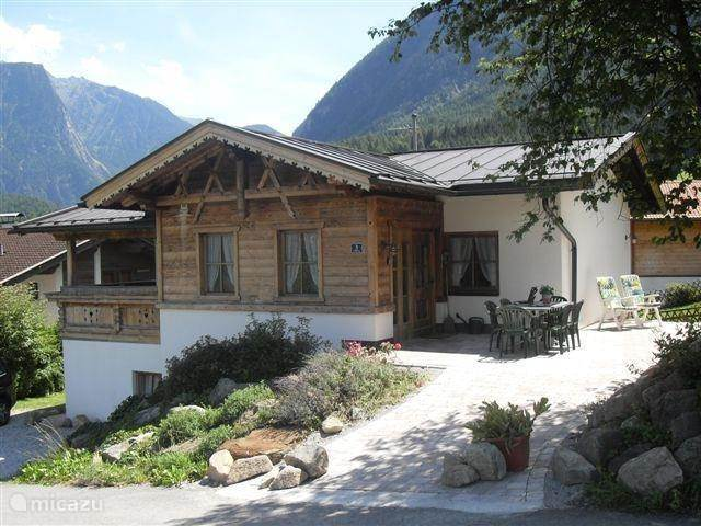 Vacation rental Austria, Tyrol, Sautens holiday house Seppl's Ferienhaus
